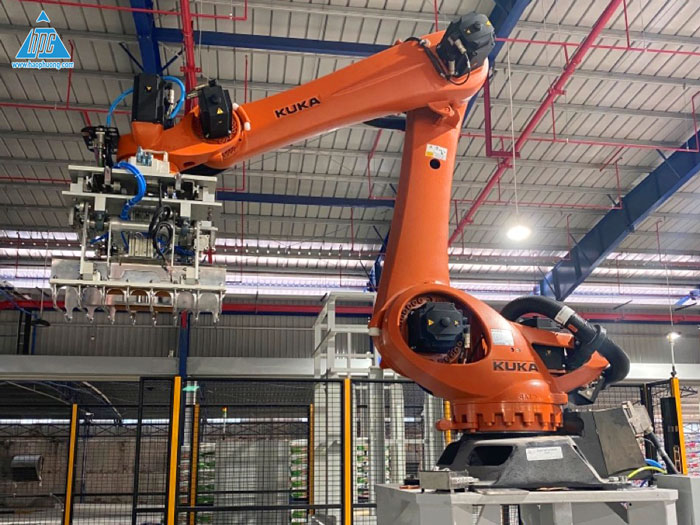 Hao Phuong completed stage 1- Supplying and installing automatic bagging and automatic palletizing robot for C.P VietNAM – Factory no.5, Dong Nai