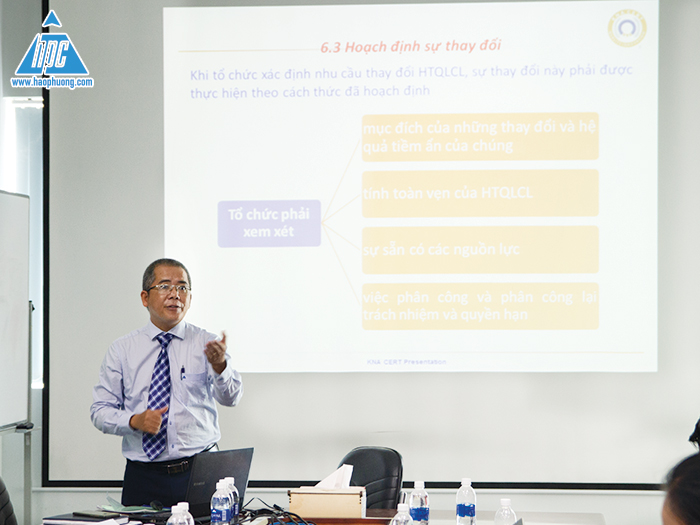 Hao Phuong organized the first ISO 9001: 2015 training course